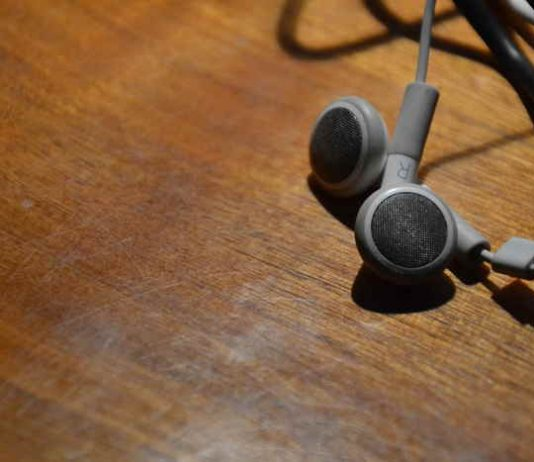 Dobre słuchawki douszne